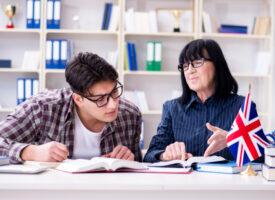Lepszy kurs angielskiego indywidualny czy grupowy?